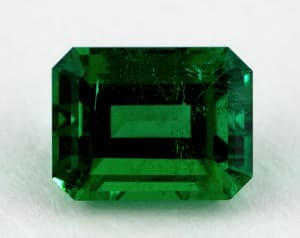 Emerald with Dark Tone and Strong Saturation